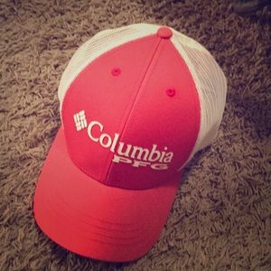 Columbia hat. Youth small